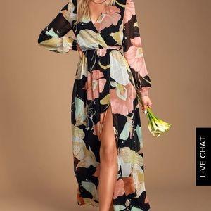 Lulus - BLACK FLORAL PRINT MAXI DRESS (Size XS)